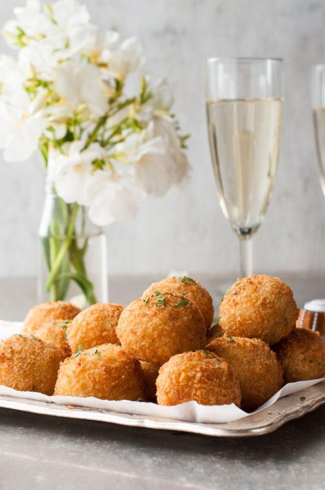 Cheesy-Italian-Arancini-Balls_680px_8